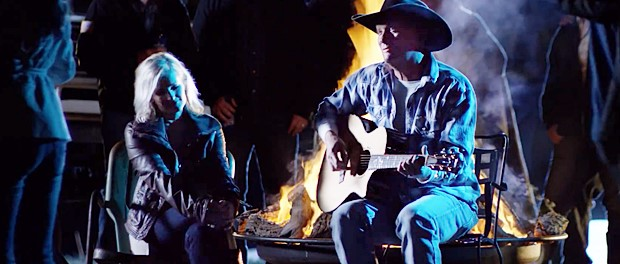 Kevin Fowler & Amy Rankin (Before Somebody Gets Hurt)