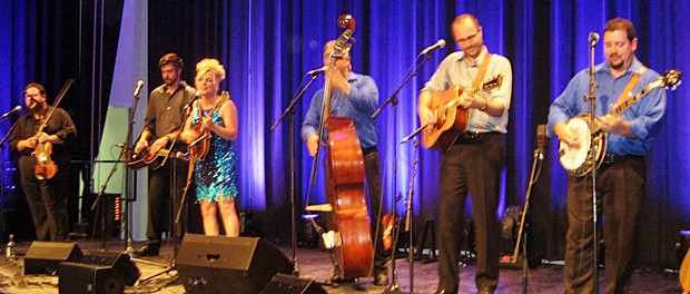 Rhonda Vincent & The Rage (Laufen, 2015)
