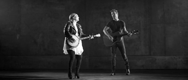 Dierks Bentley feat. Elle King - Different For Girls