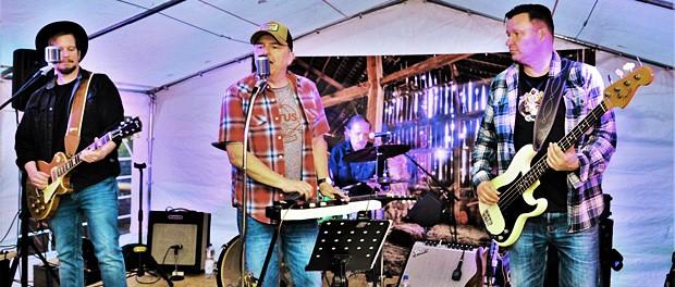 Hillbilly Deluxe live auf der Bühne