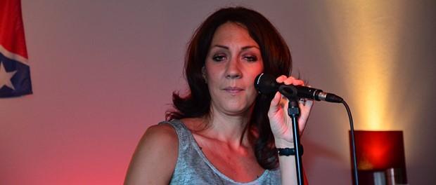 Julie Carpenter - Live